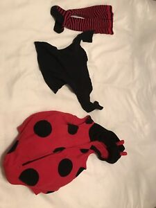 Halloween costumes - size 12M