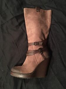 Jessica Simpson wedge  suede boot size 11