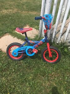 """12"""" Spider-Man bicycle"""