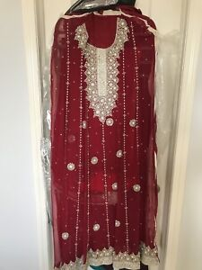 Unstitched Indian / Pakistani outfit