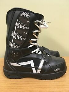 Vans Snowboard Boot size 10 Great Condition