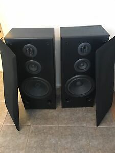 Technics speakers 240W in perfect condition