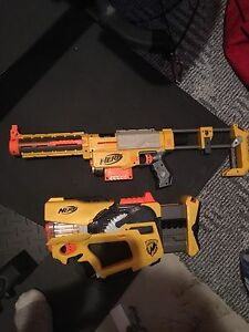Nerf guns great shape recon and flash bang set