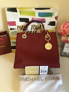 100% Authentic Michael Kors Cynthia Satchel Small bag