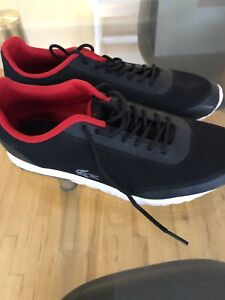 """Souliers """"lacoste"""" taille 39 -40"""