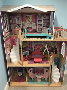 "American Girl 18"" Doll House"