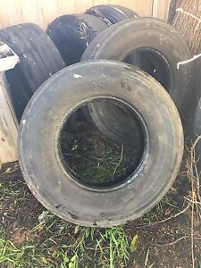 Tyres 305/ 70R 19.5 Pirelli cases St Clair Penrith Area Preview