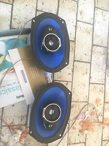 Kenwood speakers 4 channel Hallam Casey Area Preview