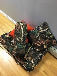 Complete camouflage bed set for twin bef