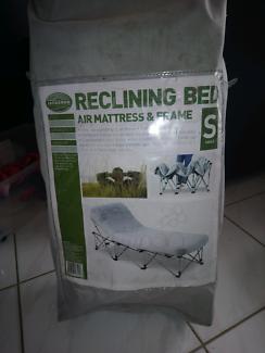 Jackeroo air mattress/ reclining bed single
