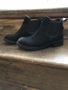 Steve Madden Ankle Boots Size 5.5