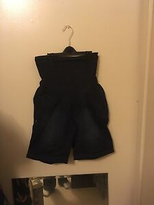 Maternity clothing lot photos 11-17