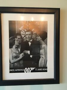 James Bond framed poster - Italy
