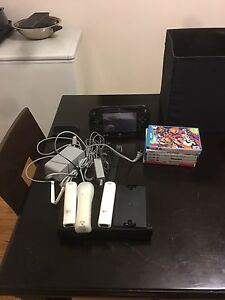 WiiU, 32g, 3 controllers, 6 games, includes everything