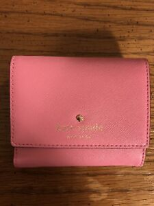 Kate spade small pink tavy wallet for sale!