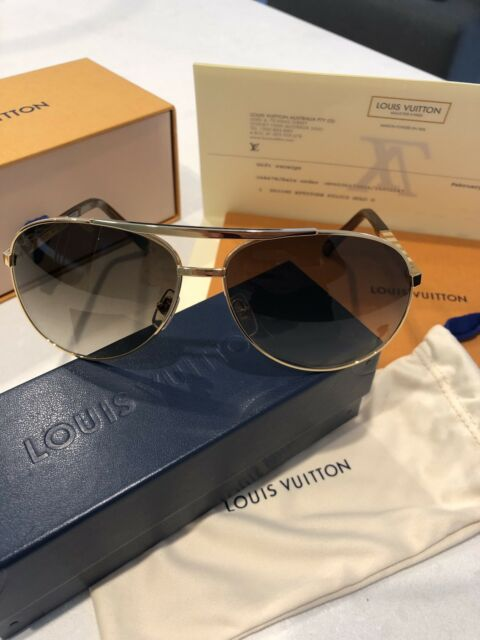 c2a6c4f665913 Louis Vuitton attitude pilote gold sunglasses