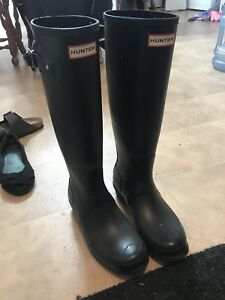 Size 9 hunter boots