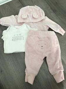 Carters baby girl outfit - 3 Months