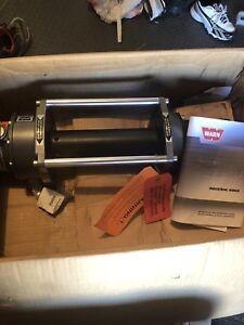 Treuil Warn Series 6 Hydraulic Industrial 6000lb Winch - 33445