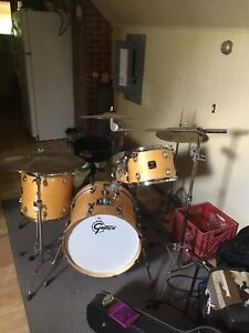 Gretsch Catalina jazz kit 4 piece (just shells)