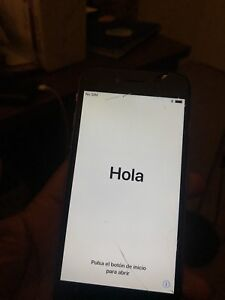 Selling cracked iPhone 6 (16 gb)