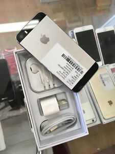 iPhone 5s 16 GB WARRANTY AND RECEIPT UNLOCKED