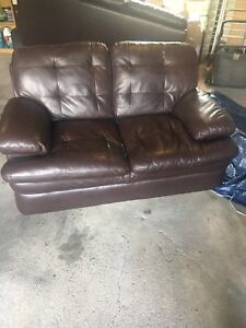 Free love seat. Will deliver in ndg
