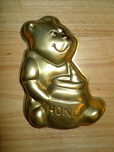 Vintage 1976 Walt Disney Wilton Gold Winnie The Pooh Cake Baking Pan Mold