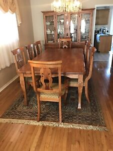 ~ Solid wood dining set (4 piece , table+Chairs+Buffet+Hutch)~