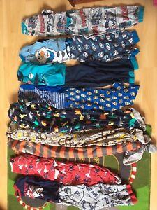 Lot de vêtements garçons 4-5 ans