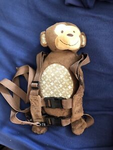 Monkey backpack leash