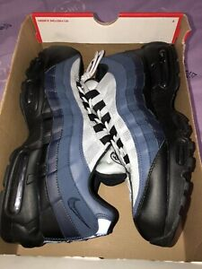 finest selection e8f8c fefb1 Nike Air Max 95 Essential DS 175 FIRM.