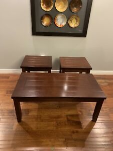 3 piece coffee table set! Brand new! Can deliver!