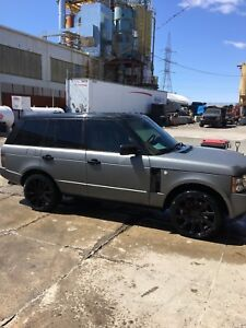 Range Rover supercharge 2007 bas millage