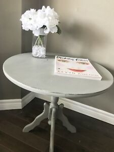 Gorgeous Accent Table Chalk Painted in Country Grey