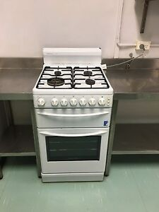 Westinghouse freestyle natural gas cook top and oven Barden Ridge Sutherland Area Preview