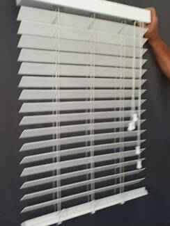 blinds wooden slats