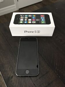 ****Mint Condition*** iPhone 5S -16G