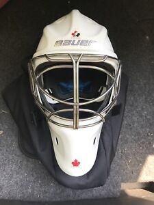 Bauer NME8 Goalie Mask