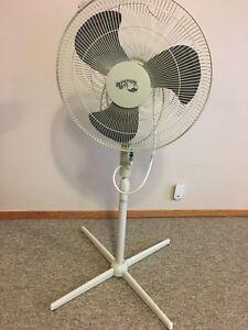 """Hampton Bay 20"""" Floor Fan"""