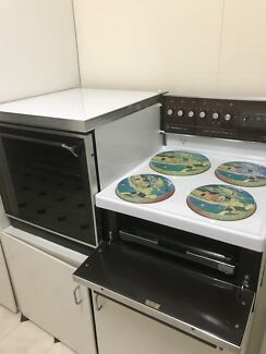 Electric oven Westinghouse