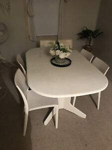 Dining table set extendable
