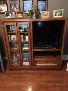 Wall unit for TV solid oak