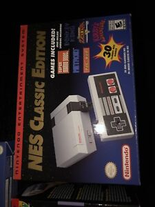 Retro NINTENDO NES SYSTEM WITH EXTRA CONTROLLER NEW AND SEALED