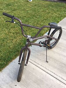 GT slammer Men's BMX bicycle- like new