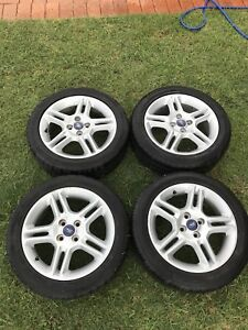 2013 Ford Fiesta zetec rims wheels 4x100 pcd