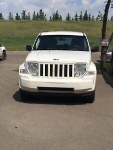 2010 Jeep Liberty Sports (With Towing Package)