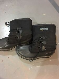 Wind river winter boots size 11
