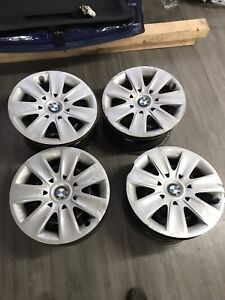 "Bmw 16"" Rims 5x120 with Hubcaps 100$"