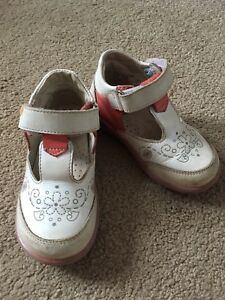 Kids shoes size 9